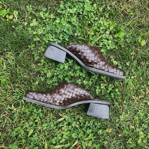 Vintage Shoes - 90s Woven Leather Slides